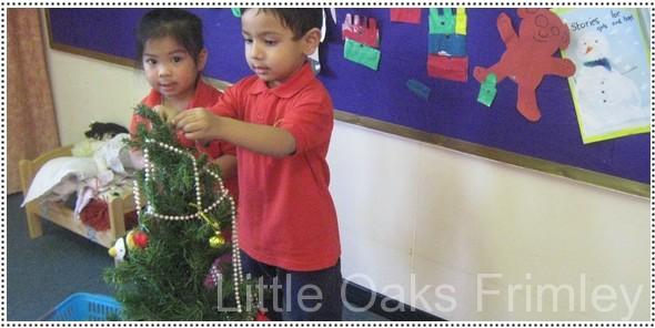 decorating-tree-2